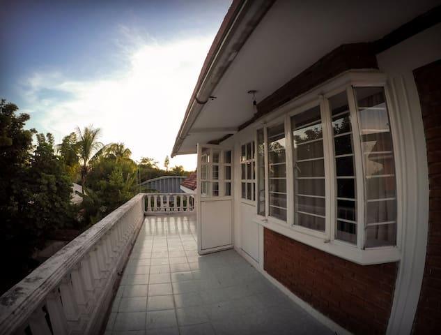 Groups & Family: Sun House