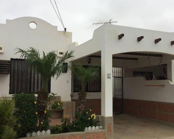 Casa confortable para Vacaciones - Salinas - Casa