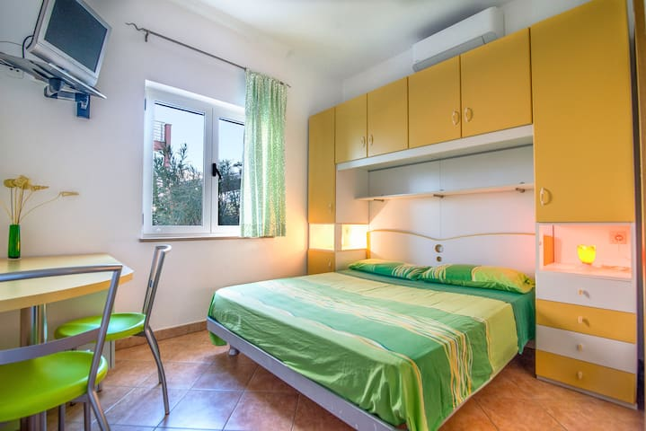 Room without kitchen - Luci & Kety Lun, Pag - Lun - Appartement