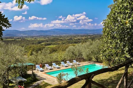 Ancient stone farmhouse with pool and loggia - Borgo San Lorenzo