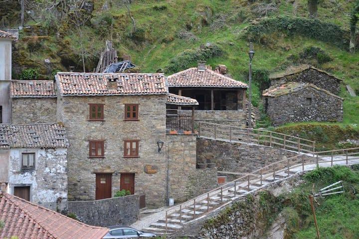 Casa das Bugalhas na Serra da Lousã