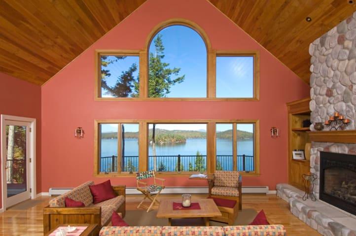 Waterfront Winnipesaukee Lake House