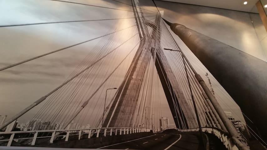 Localização  próxima a Ponte Estaiada..!!! - São Paulo - Flat