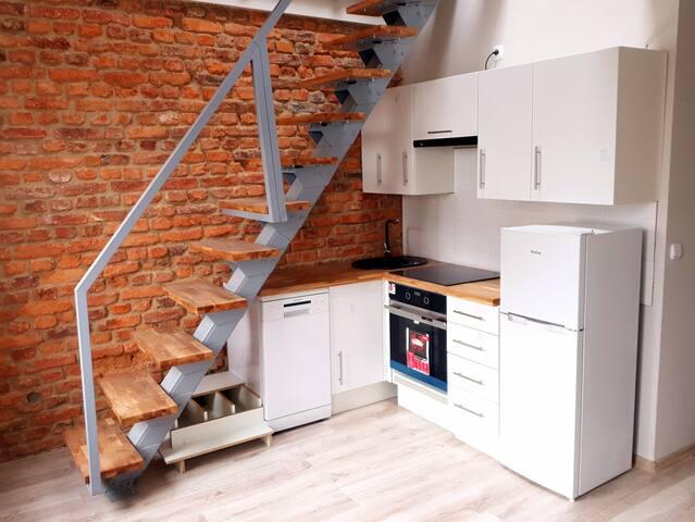 Cosy apartment with entresol, COP 24