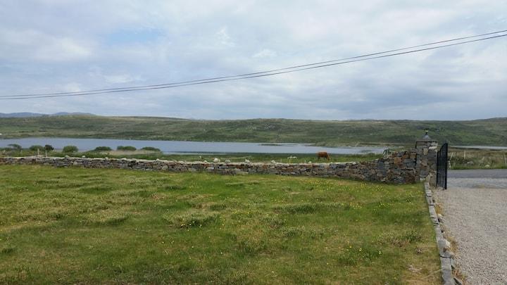Claddaghduff, Cleggan, Galway.  Name- NOEL.