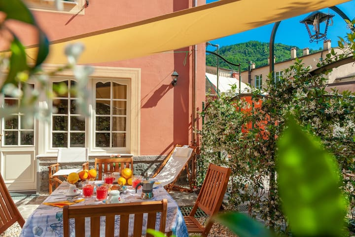 Aragosta, apartment for 4, with garden, 200m from beach, in Levanto centre