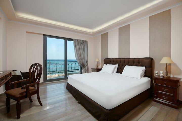 Palazetto Suites - Twin/Triple First Floor Suite