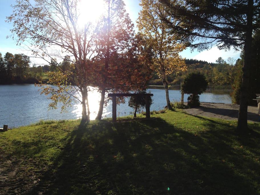 Accès au lac