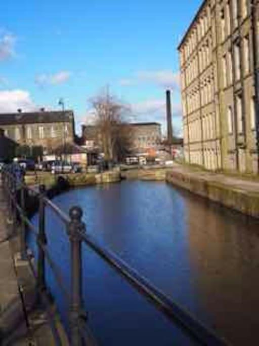 The Huddersfield narrow canal that runs along the Main Street.