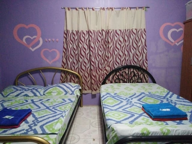 Shared Room near 100 Islands - Alaminos, Ilocos Region, PH - Rumah