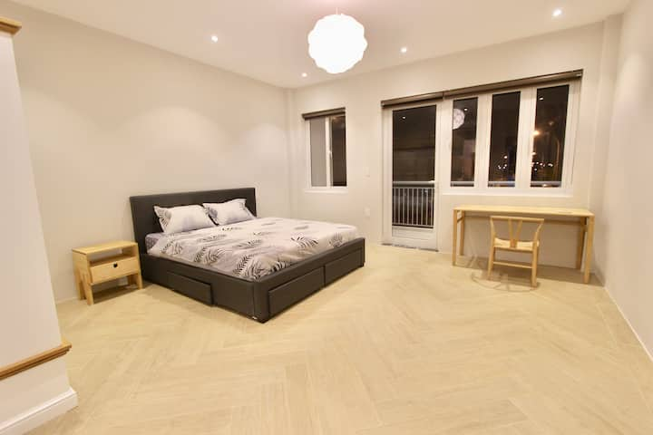 Private room in brand new house 24/7 security
