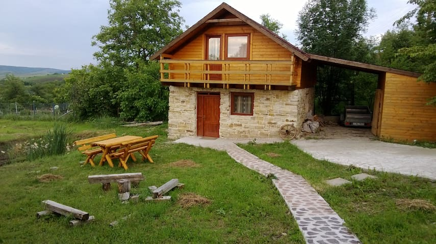 beautiful cottage, 15 kms of cluj - Cojocna - Chalet