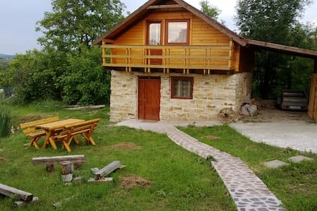 beautiful cottage, 15 kms of cluj - Cojocna - Chalé