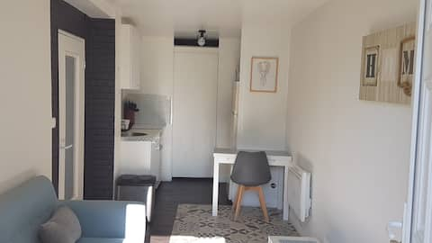 Private accommodation between town and countryside