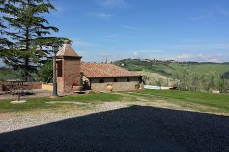 CASA   TAMARA - Pomarance - Casa
