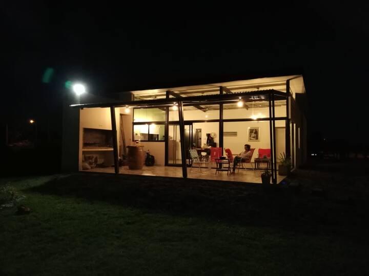 Casa  de campo a mts. de las Termas de Concepción.