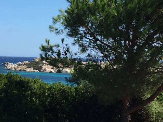 Sea view flat-(appartamento vista mare) Marmorata