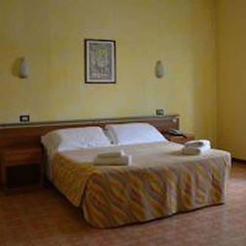 perfetto per lavoro e affari - Pianengo - Guesthouse