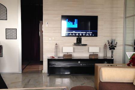 agadir modern spacieux 85m2 10 mn plage - 阿加迪尔 - 公寓
