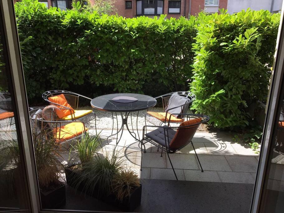 Terrace / Breakfast Place