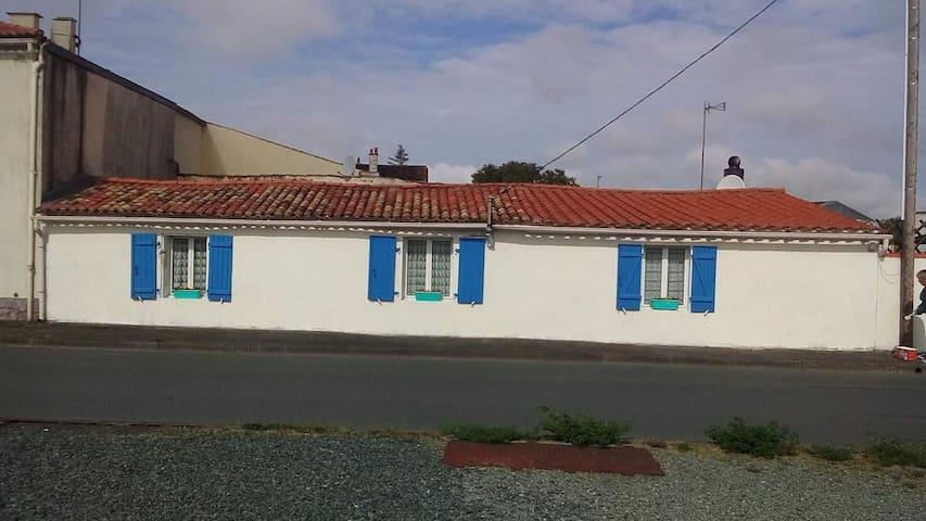 Petite maison vendéenne
