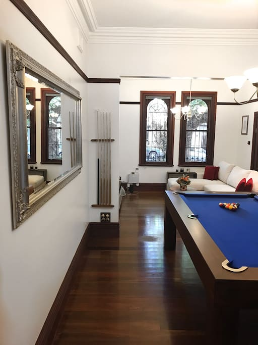 Charming victorian in newtown townhouses for rent in for Table 9 newtown
