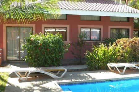 Comfy Loft 5 mins to Beach 2-4 guests - Playas del Coco - Appartement