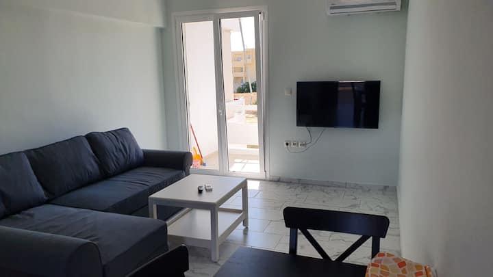 ΑΝ1-George Apartments by the Sea and Airport