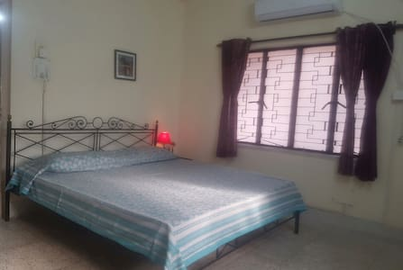 Comfort and Convenience - Kalkutta - Bed & Breakfast