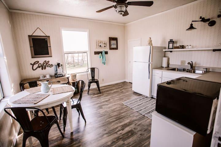 Hazelnut Loop - Full Apartment