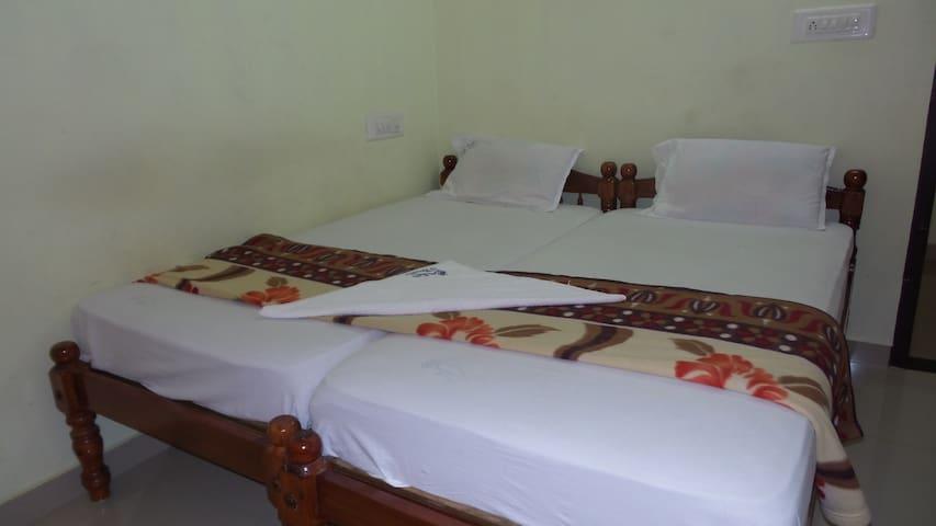 Aithen HomeStay - Thrissur