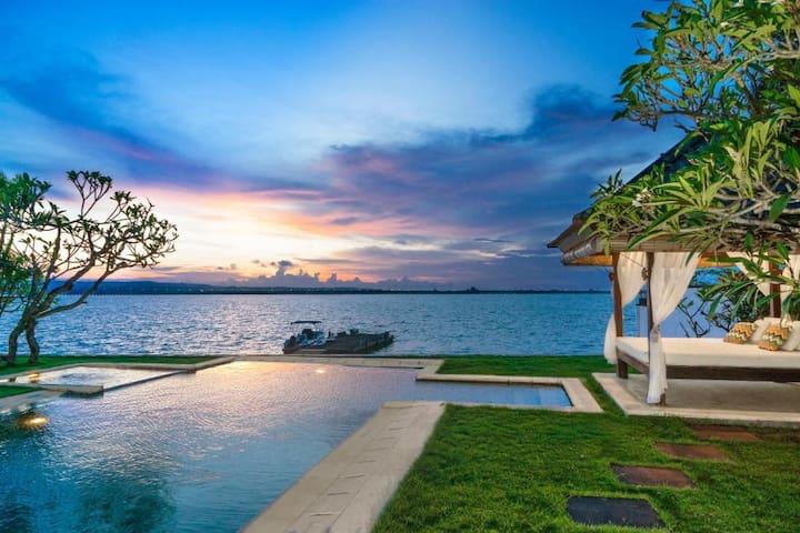 3BDR Pool Villas with Ocean View Tanjung Benoa