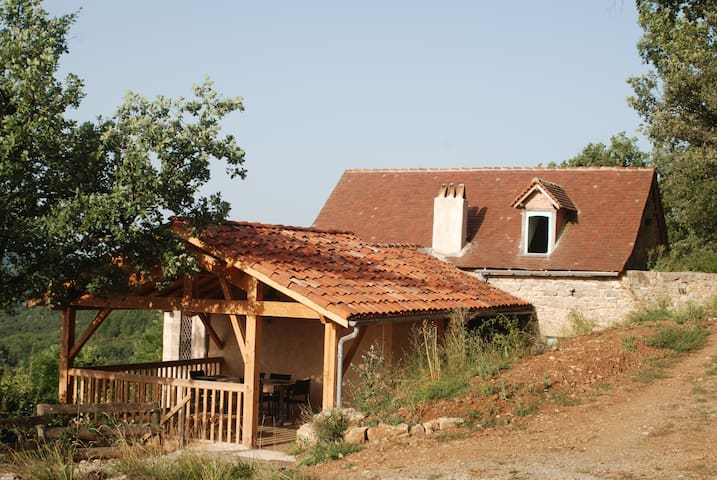 A cosy house with view on the Lot - Capdenac - Talo