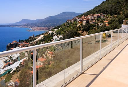Panoramic penthouse over sea bay near Monte Carlo - Grimaldi