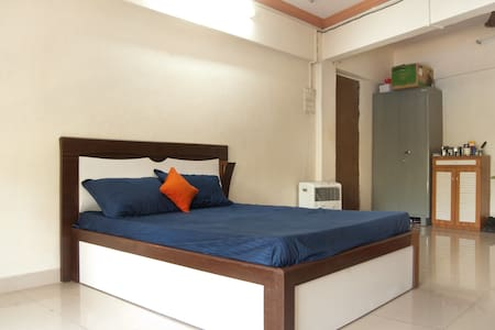 Sharing 1 Room Kitchen on 3rd Flr - Bombai - Pis