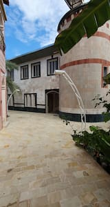 Al Rawdah Chalet near by Athawarah hot spring