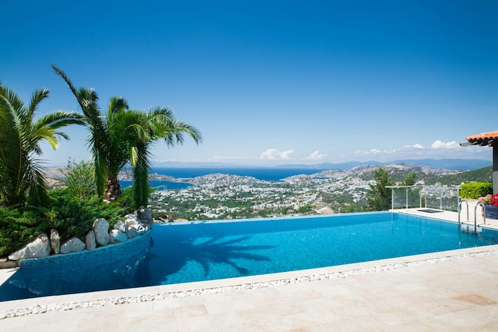 4 Bedroomed Villa With Pool in Yalikavak BD496