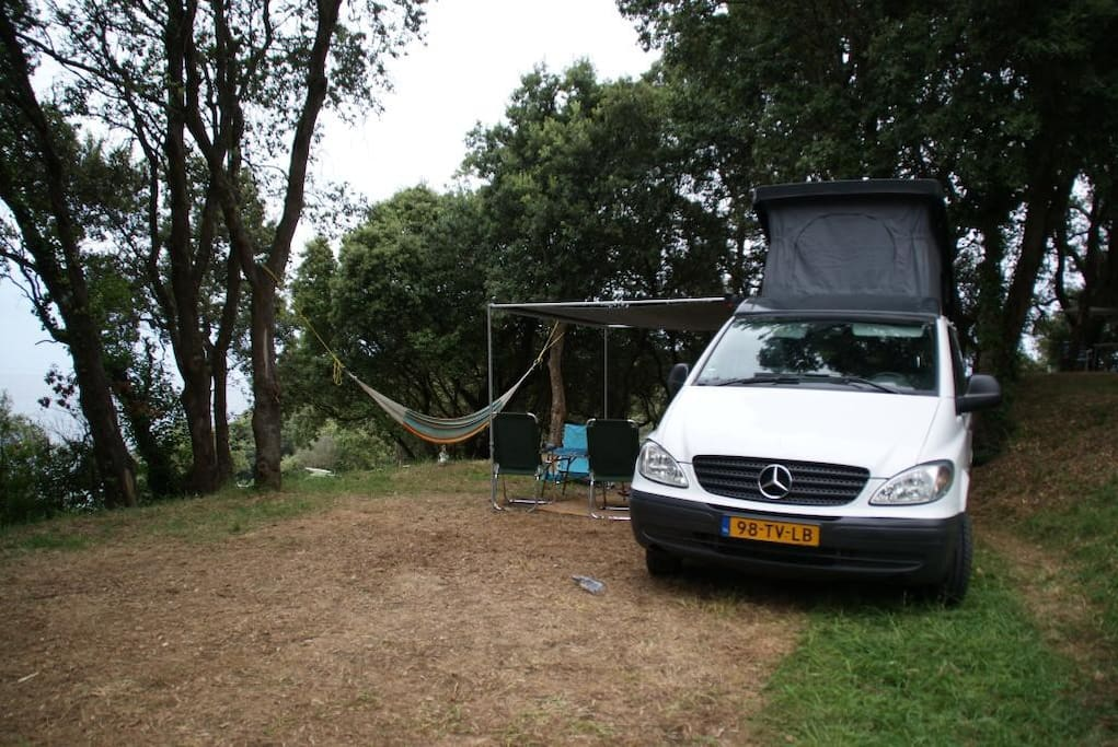 luxe mercedes vito buscamper camping cars caravanes louer gennep limburg pays bas. Black Bedroom Furniture Sets. Home Design Ideas