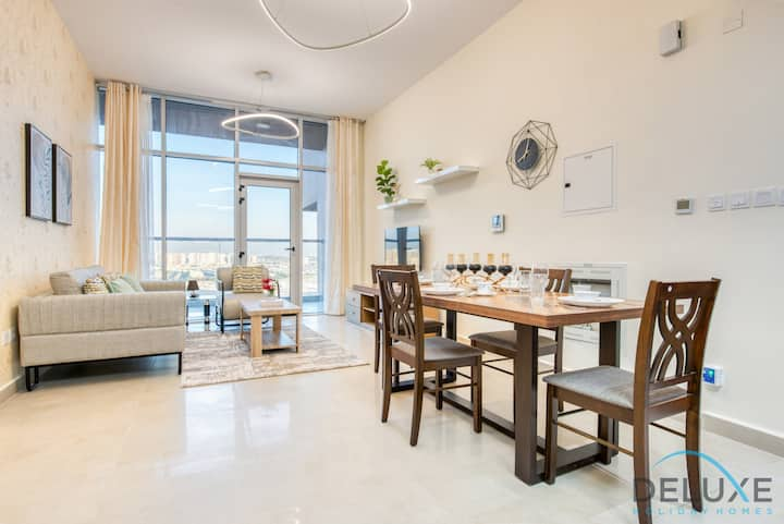 Dainty 1-Bedroom Apartment -Vibrant Neighbourhood!