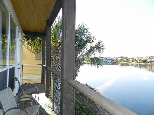 Lake View Villa with Easy Access to the Beach!