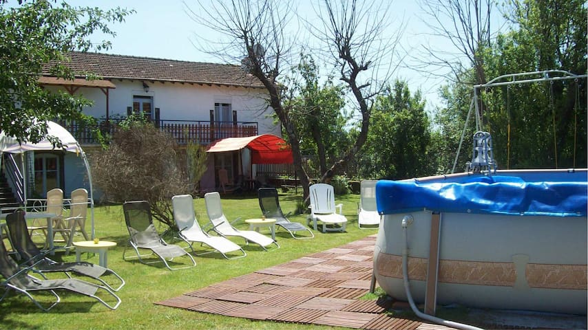 Maison dans résidence avec piscine - Pontgibaud