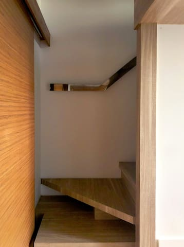 Stairs to the bed