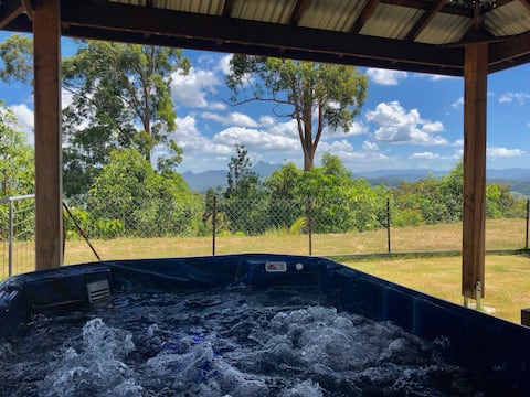 Dog friendly Bungalow |  Spa & Mt Warning views