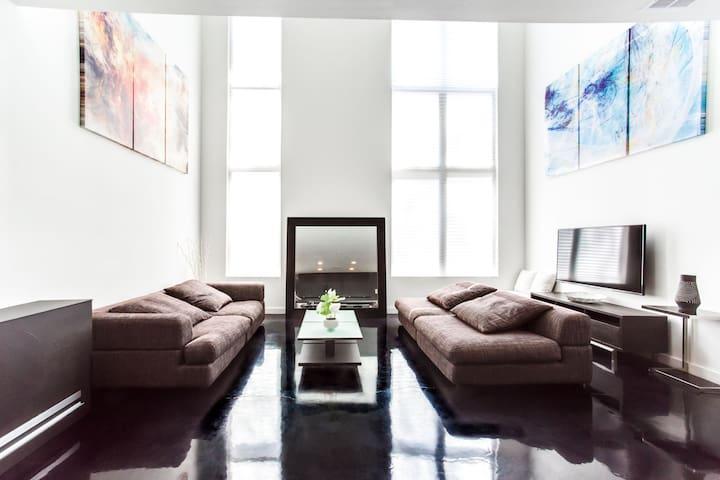 Modern Masterpiece Built by Famous Atlanta Artist