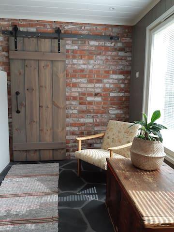 Alapihan Arboretumin vierasmaja ja sauna