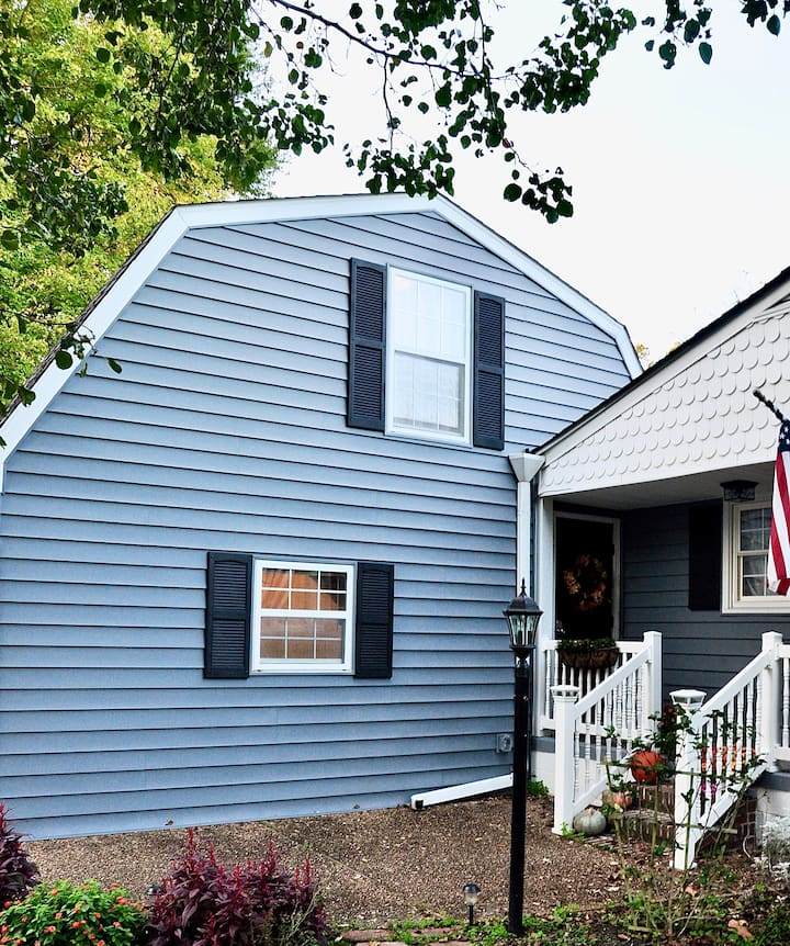 Cozy studio 0.5 miles from Colonial Williamsburg!!