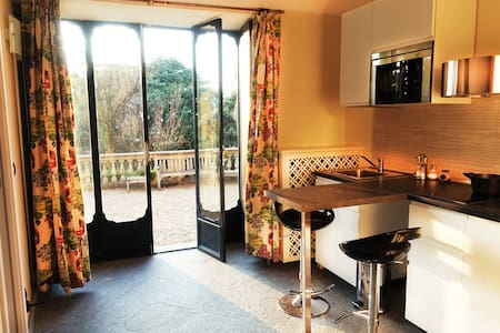 Appartment in Villa with Swimming pool, Turin
