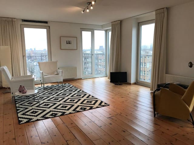 Penthouse with view of Amsterdam's skyline - Amsterdam - Dům