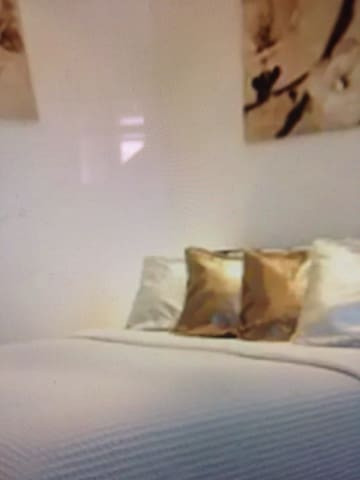newly renovated ensuite room - nasipit - Flat