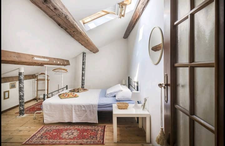 Charming Attic in the Heart of Venice
